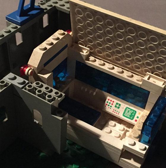 Des legos sous les pieds…